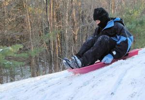 sledding-fun-1383176